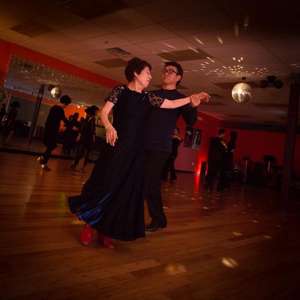 Moms Dance Class 2015-2033.jpg