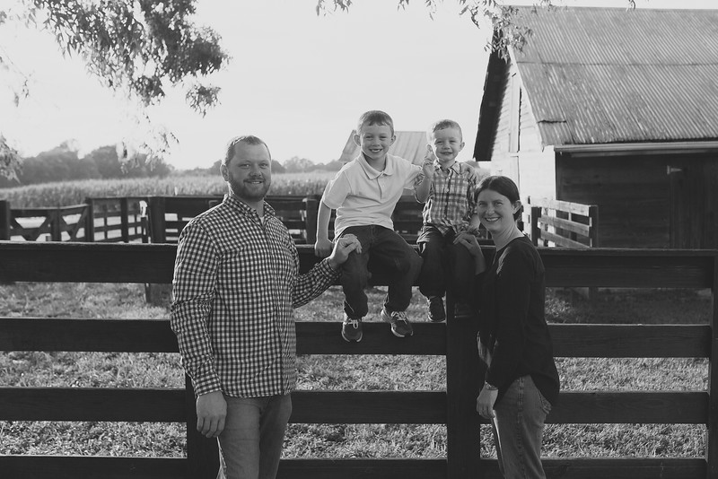 family-daniel-aug2016-0041-2.jpg