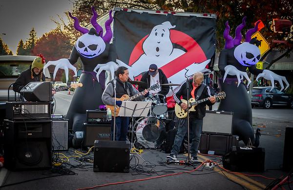 More Stoplight into the Music, Set four: Halloween on Vashon Island 2019