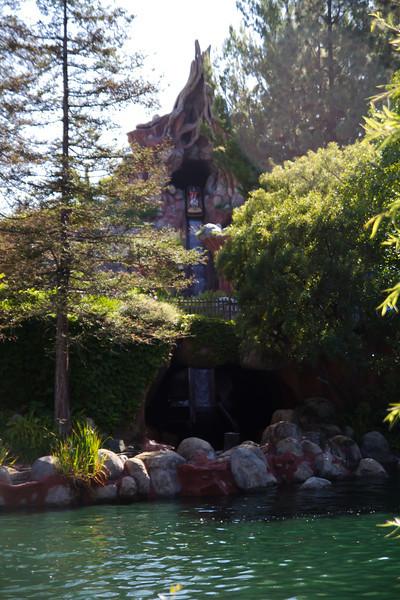 Splash Mountian Fall