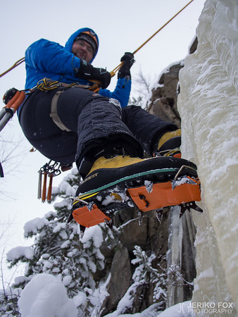 First Steps of Lead Climbing on Ice 2016