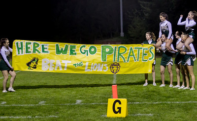 Set four: Vashon Island High School Fall Cheer banner run-through at Football v Concrete 09/15/2017