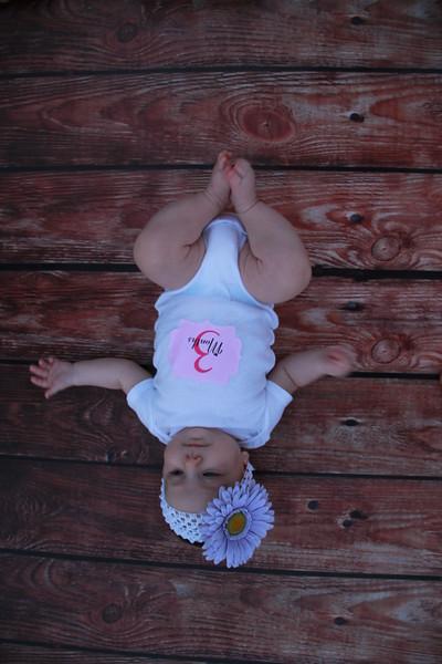 Evie-3 months (156).JPG