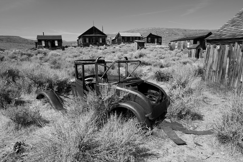 4Q0A0116driving_in_bodie.jpg