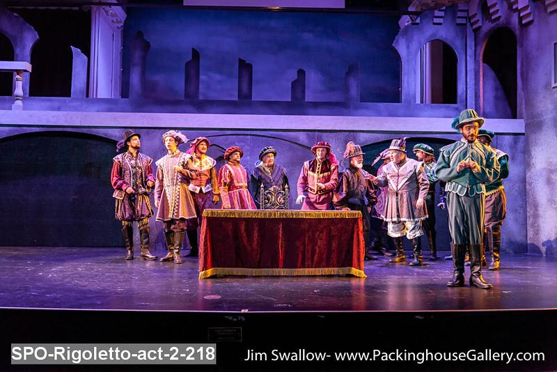 SPO-Rigoletto-act-2-218.jpg