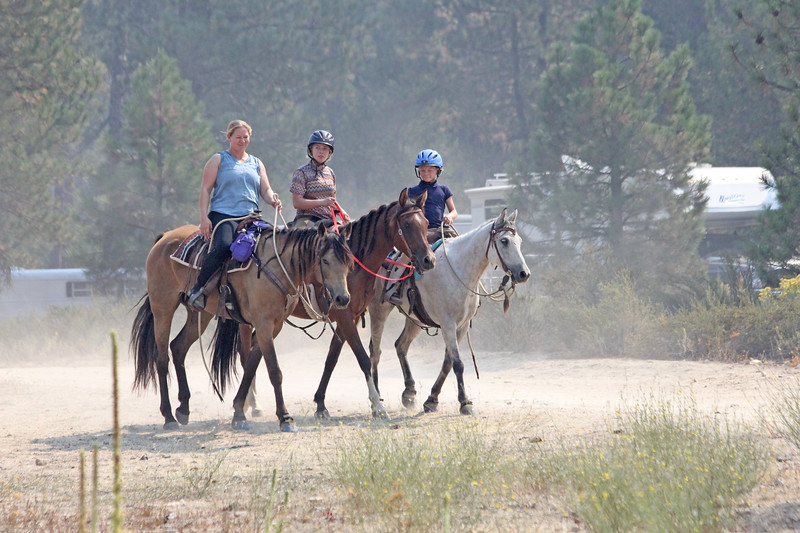 The Nicholes family at the Old Selam endurance ride
