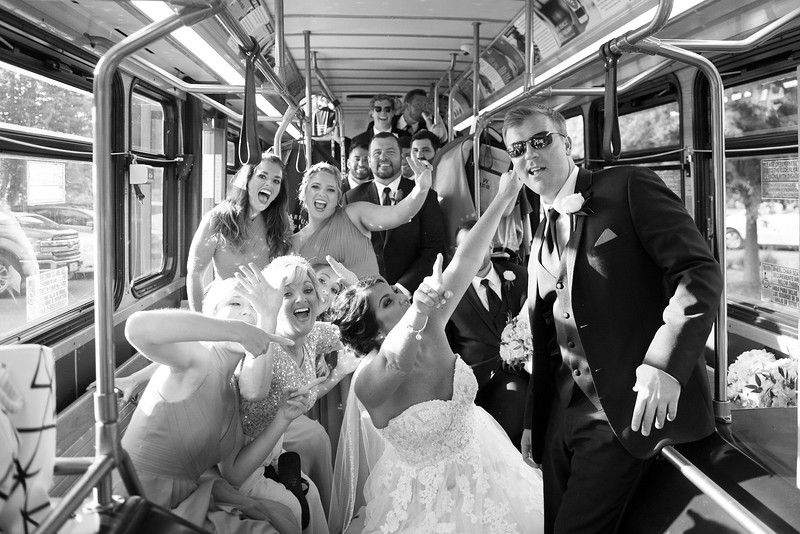 knoxville-wedding-trolley.jpg
