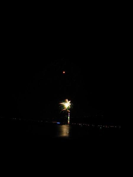 Hawaii - July 4th Fireworks-41.JPG