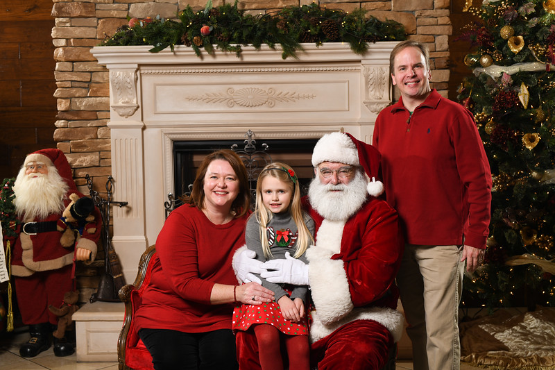 Santa2018.TylerBoye.-170.jpg