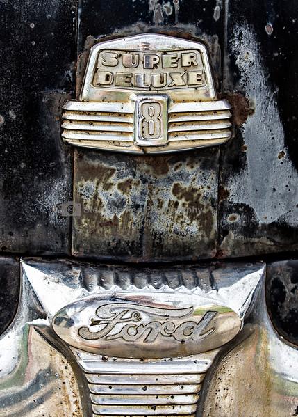 FordSuperDeluxe8.jpg