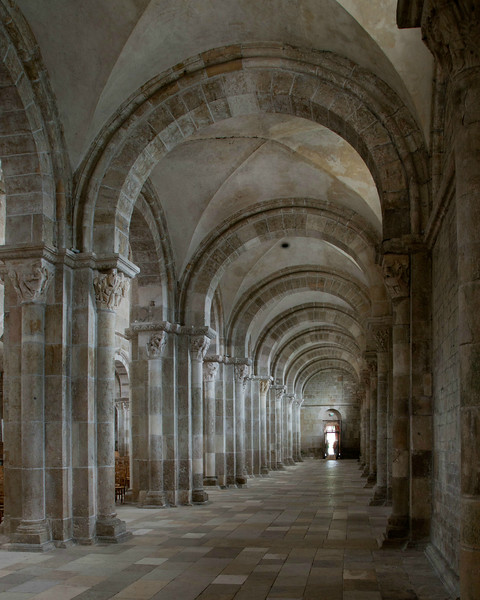 Vezelay Sainte-Madeleine Abbey Aisle