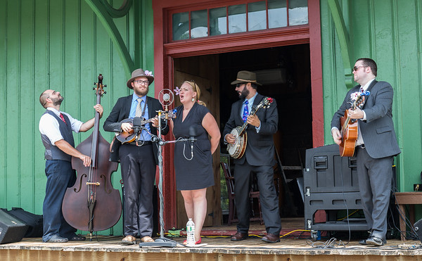 2015.08 Molly and the Badly BENT Bluegrass Boys in Vestal