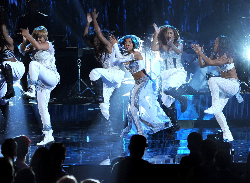 ". (L-R) Singer Lil Mama performs with singers Tionne ""T-Boz\"" Watkins and Rozonda \""Chilli\"" Thomas of TLC onstage during the 2013 American Music Awards at Nokia Theatre L.A. Live on November 24, 2013 in Los Angeles, California.  (Photo by Kevin Winter/Getty Images)"