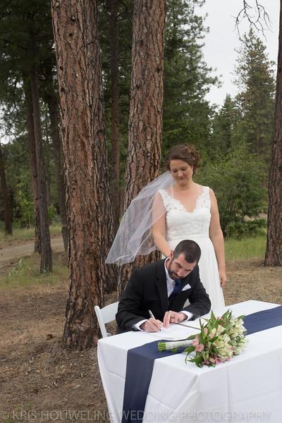 Copywrite Kris Houweling Wedding Samples 1-62.jpg