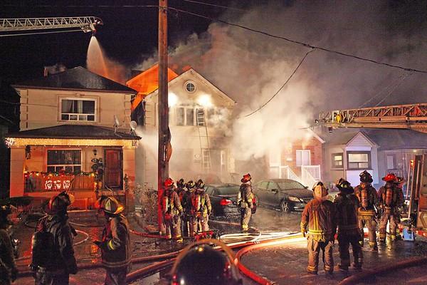 December 26, 2010 - 5th Alarm - 489 Winona Dr.