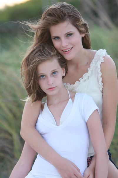 Abigail-Natalie_1319.JPG