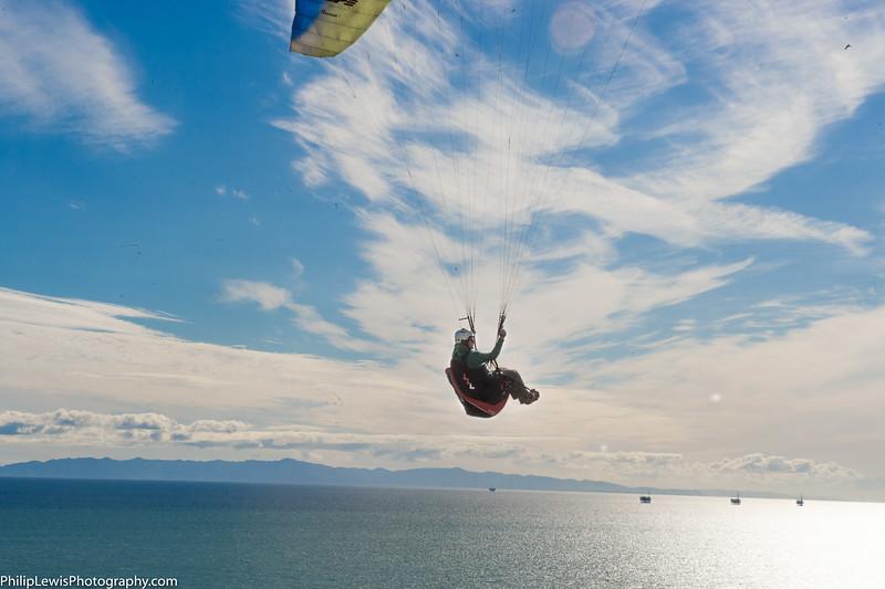 Paragliders in Carpinteria-17.jpg