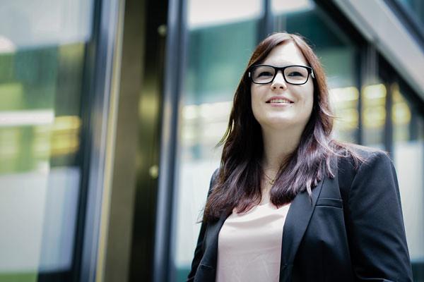 Fotos Mitarbeiter Businessportrait mit Charakter