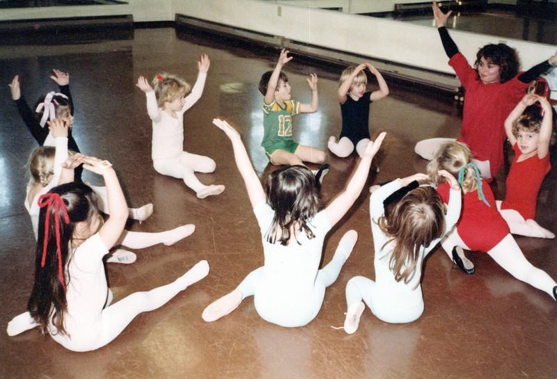 Dance_1130_a.jpg