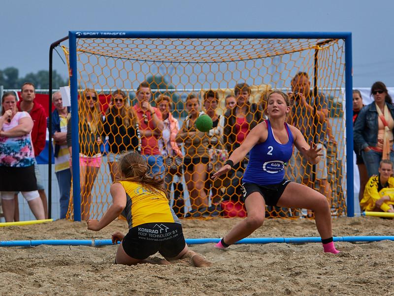 Molecaten NK Beach Handball 2015 dag 2 img 680.jpg