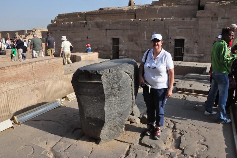 2010-11-11  039  Kom Ombo - Veronica in the Sanctuary of Sobek