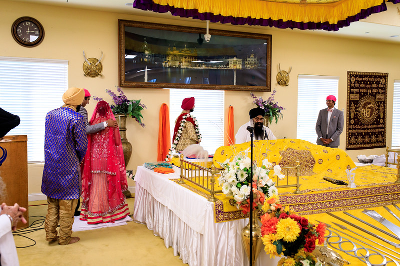 Neelam_and_Matt_Gurdwara_Wedding-1391.jpg