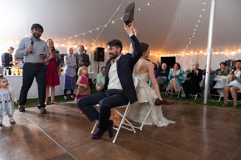 kwhipple_toasts_first_dance_shoe_game_20180512_0140.jpg