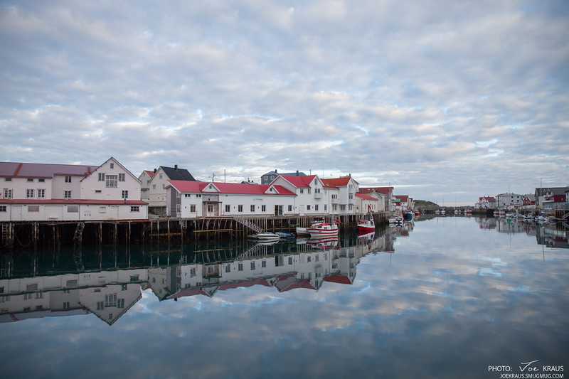 Reflections Henningsvær