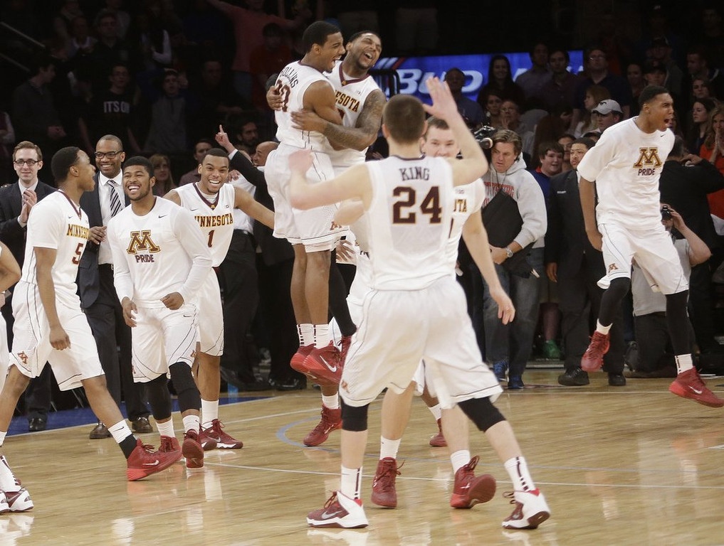 """. <p>1. MINNESOTA GOPHERS <p>Shouldn�t get carried away with NIT title ... too late ... they already have. (2) <p><b><a href=\'http://www.twincities.com/sports/ci_25489216/gophers-65-smu-63-minnesota-wins-nit-championship\' target=\""""_blank\""""> HUH?</a></b> <p>   <p>OTHERS RECEIVING VOTES <p> Willie Nelson�s armadillo, Minnesota Twins, Fort Hood, Metta World Peace, Chris Johnson, �Cuban Twitter�, Rachel Frederickson, �Slap-Ass Friday�, San Antonio Spurs, Nigella Lawson, sharks, Gator Bowl, Paul Ryan, earthquakes, DeSean Jackson, Rosey Grier, Jadeveon Clowney, Tiger Woods, Donald Trump, Don Baylor, Michael Strahan, Target Field menu, General Motors, Obamacare, �How I Met Your Mother�, Ryan Braun, Justin Bieber. <p> <br><p><i> You can follow Kevin Cusick at <a href=\'http://twitter.com/theloopnow\'>twitter.com/theloopnow</a>.</i>     (AP Photo/Frank Franklin II)"""