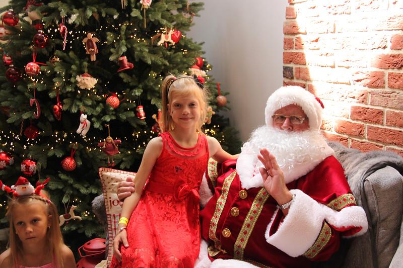 2019 Christmas Party_193.jpg