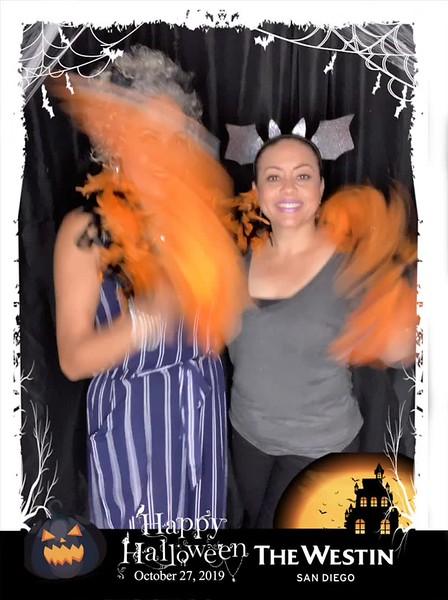 Westin_Halloween_Party_2019_boomerang_19.mp4