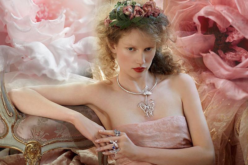 Photographer_Iris-Brosch_Beauty_Creative-Space-Artists-Management_4_Jewelry.jpg