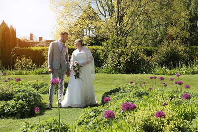 Rachael & Ryan - Nymans Gardens