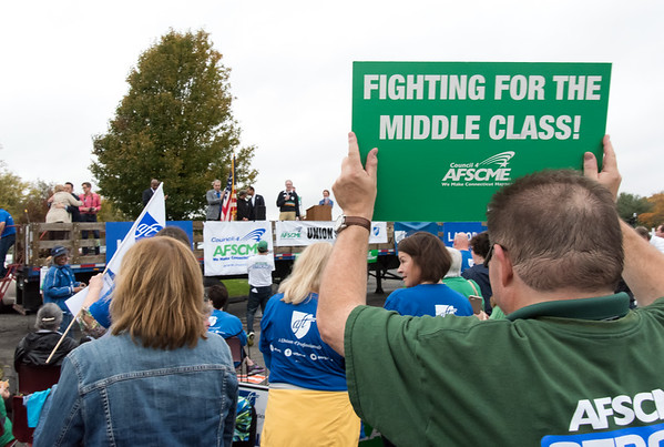 11/02/18 Wesley Bunnell   Staff The American Federation of Teachers held a get out the vote rally on Friday afternoon outside of a union headquarters in New Britain featuring hundreds of educators and workers from across CT.