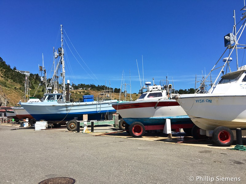 Port Orford harbor. All boats stored on dollys.