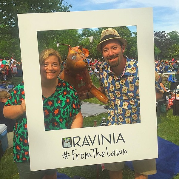 Heading to Paul Simon tonite at @raviniafestival ? Look for us and our dog ballon #onthelawn #itsbetteronthelawn #musicunderthestars