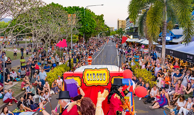 2018-08-25 Singapore Charlie's float in Cairns Festival Parade