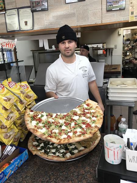1HometownPizza-BR-111619.jpg