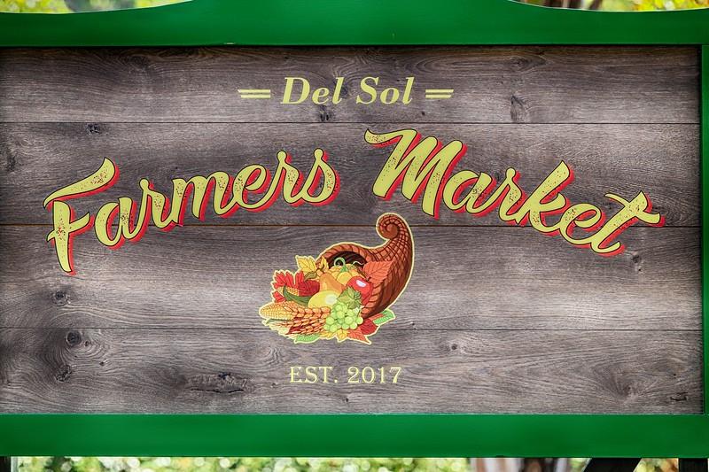 Farmers Market -44.JPG