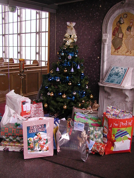 Community Life- HT Christmas Gifts - December 14, 2003