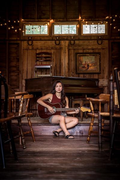 Emily Summer-6.jpg