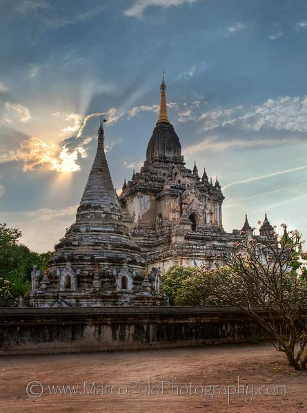 """Gawdawpalin Temple. Bagan 15"""" x 20"""""""