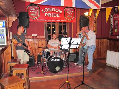 2011 Old London British Pub in Tbilisi, Republic of Georgia (S95)(Aug)