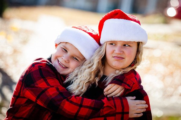 Cousins Santa Hats 2018