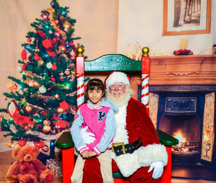 Santa Elmore 2016-12157.jpg