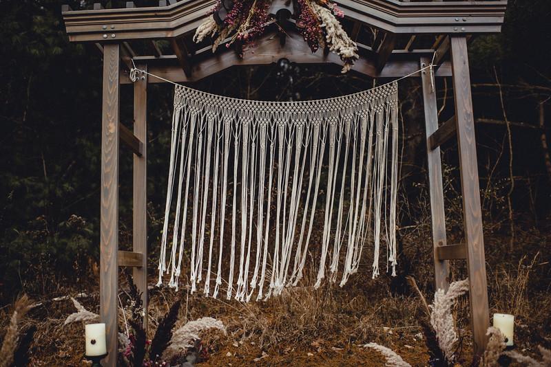 Requiem Images - Luxury Boho Winter Mountain Intimate Wedding - Seven Springs - Laurel Highlands - Blake Holly -1132.jpg