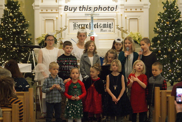 Crow River Lutheran Christmas 12-15
