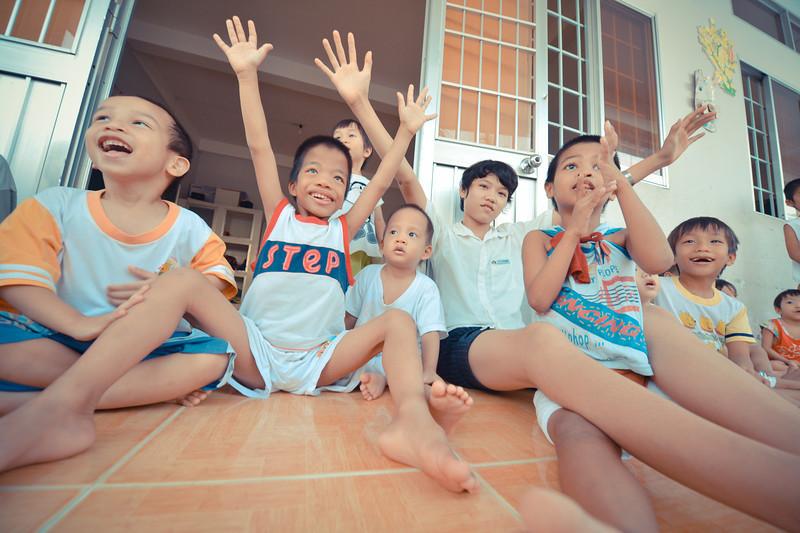 vietnam orphans (3 of 134).jpg