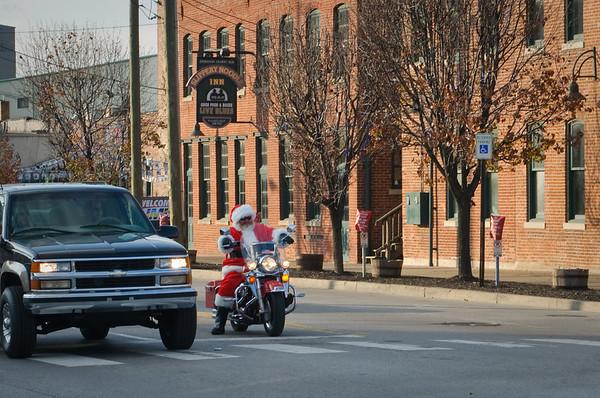 Santa Sighting and Holiday Shopping