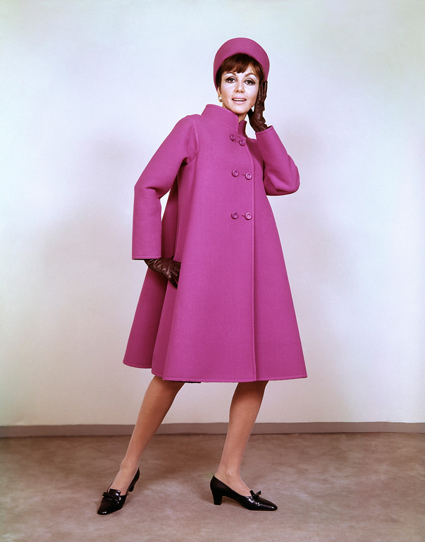 . A reversible mantle of violet and wine red wool Italian coat in 1966. (AP Photo)